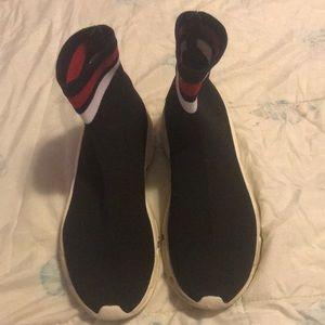 Steve Madden slide on sneakers